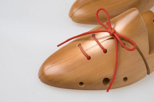 lacci rossi scarpe sport vendo compra